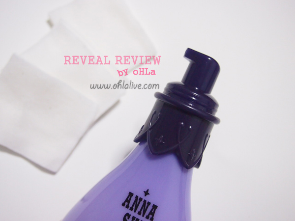 Anna Sui Balancing Cleanser